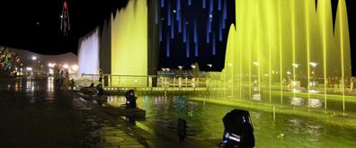 节日庆贺、酒店门前喷泉flash素材